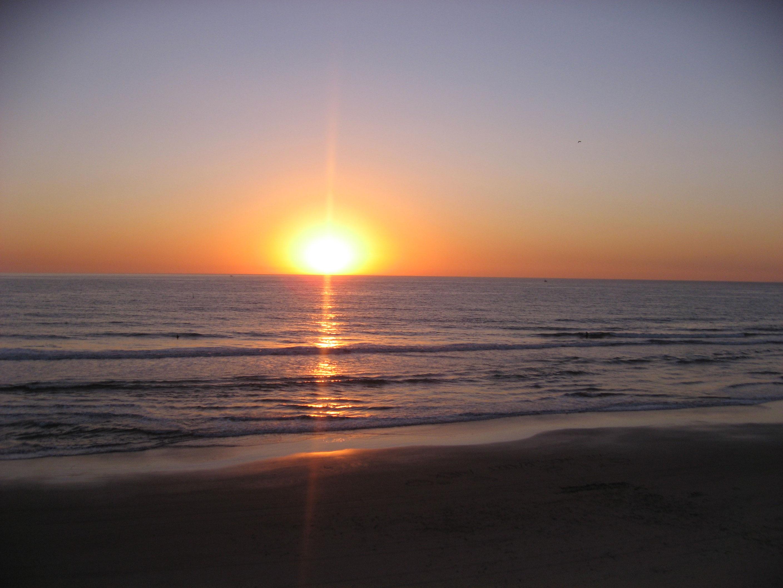 sunset-on-pacific-ocean